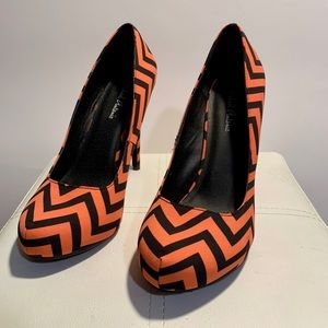 Chevron Pumps